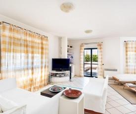 Nettuno Apartment Sleeps 5 Air Con